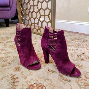 Steve Madden plum plush booties open toe size 8